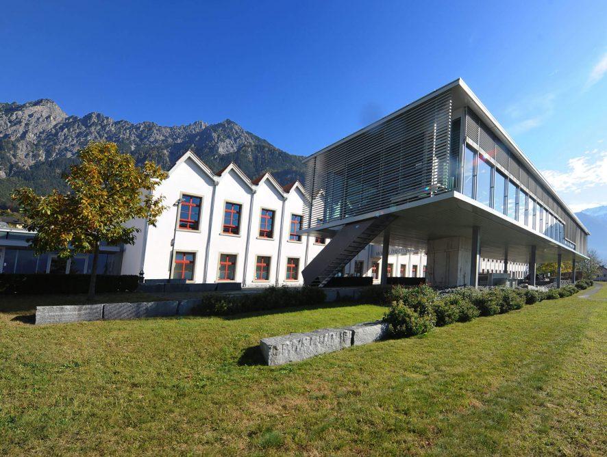 Aufnahmetests für Journalismus und PR an der Uni Liechtenstein